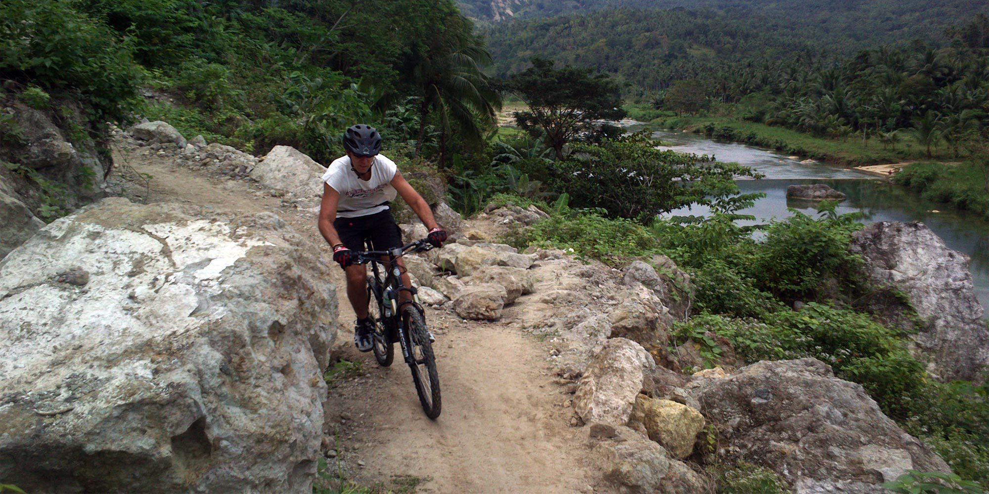 Mountain bike tour in Cebu and Negros