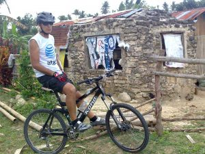 Explore Moalboal back country by bike