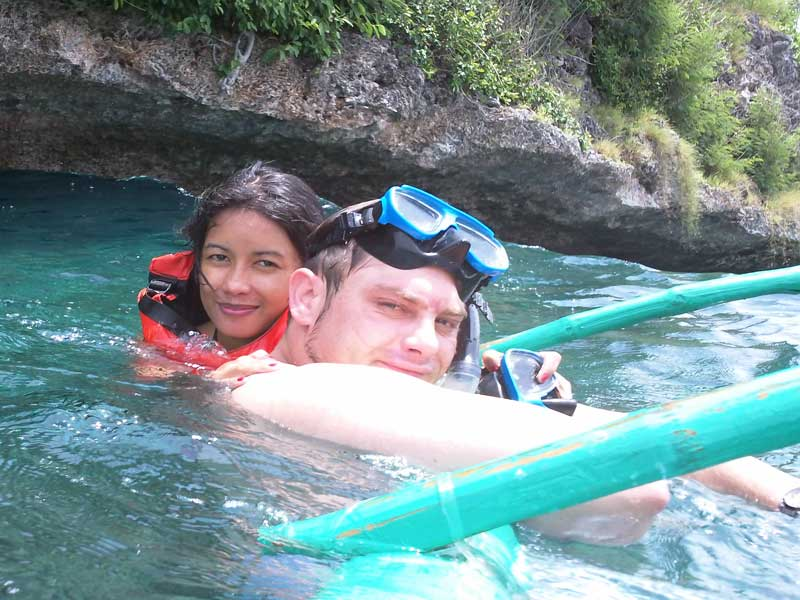 Snorkeling and Island hopping tours in Moalboal