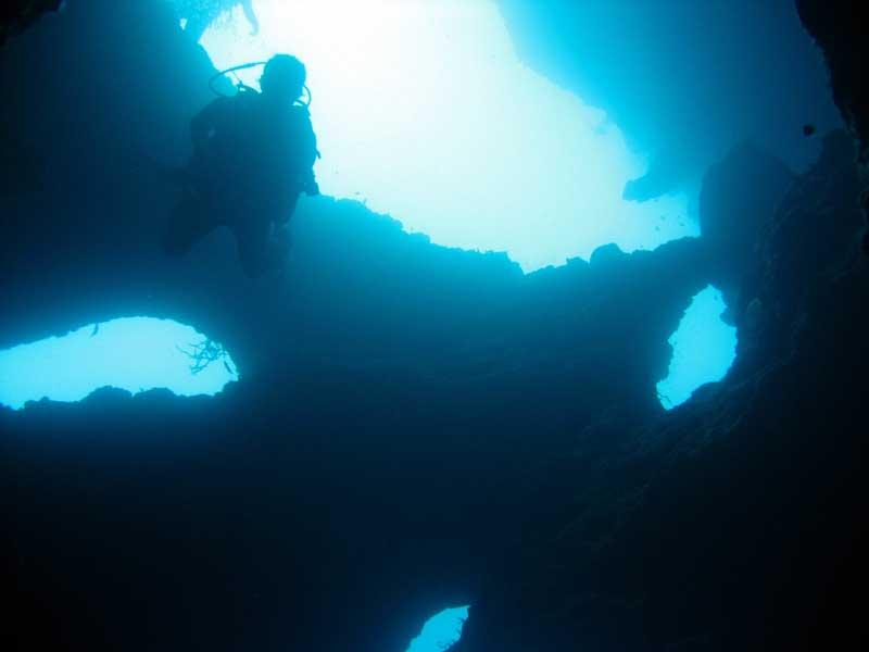 Diving at Pescador Island