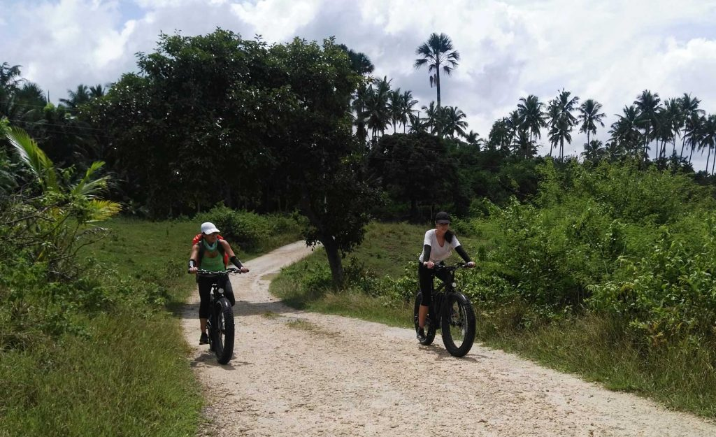 Electric Mountain bike tours in Moalboal Cebu