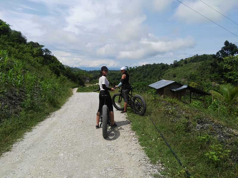 Electric Mountain bike Tours in Moalboal